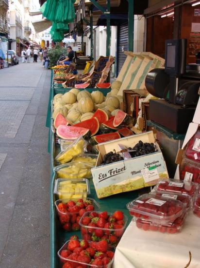 Paris 17e - marché rue de Lévis 1