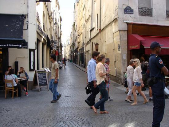 Paris 2e - Quartier Montorgueil 1