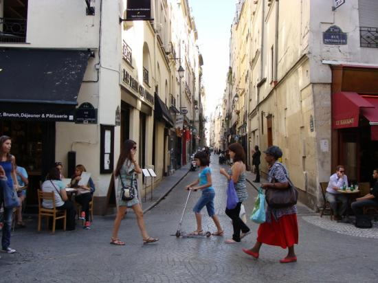 Paris 2e - rue Montorgueil
