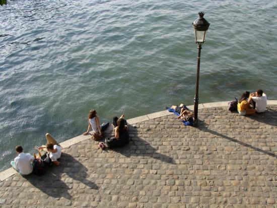 Paris 4e- Ile Saint Louis - quais de la Seine 1