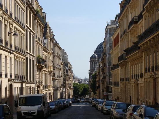 Paris 8e - rue Haussmanienne