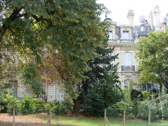 Paris - Parc Monceau 6