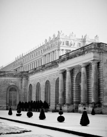 Versailles under the snow.png